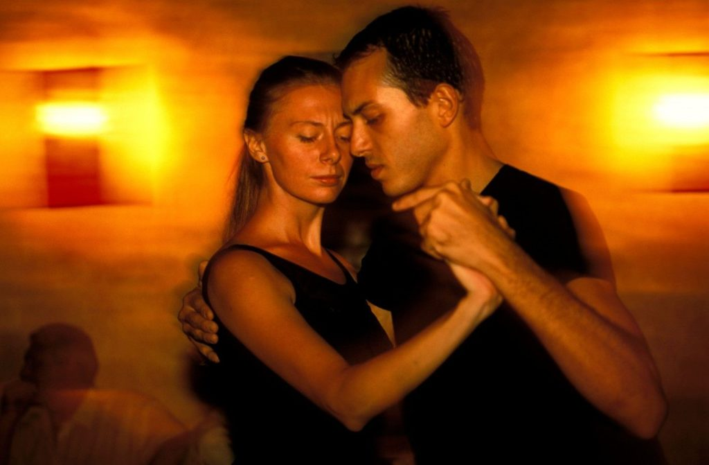 tango-the-dance-that-defines-a-city-buenos-aires